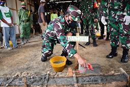 Rumah Tukiyar Siap Direhab, Danrem 081/DSJ Letakkan Batako Pertama