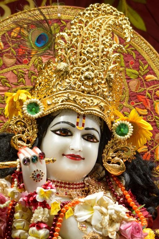 ISKCON Juhu Deity Darshan 28 Mar 2016  (8)