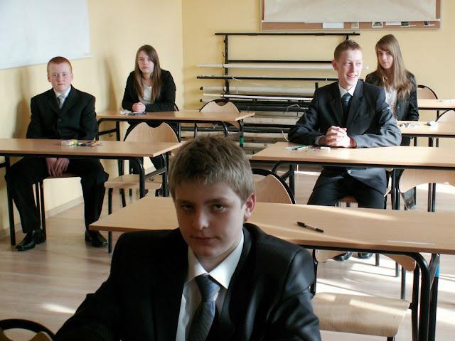 Pierwszy egzamin gimnazjalny w ZS nr 2 w Dukli 2011 - PICT1351_1.JPG