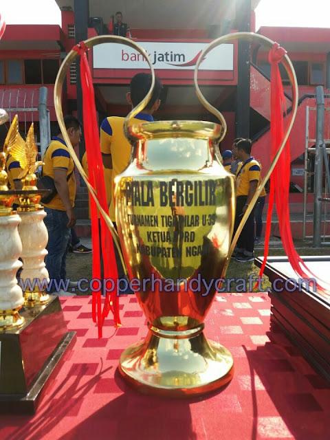 piala tembaga - piala kuningan - piala custom - produk piala kuningan dan tembaga
