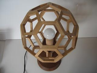 フットボールランプ オーダーのランプです