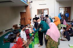 """Ikatan Istri Karyawan dan Karyawati """"IIKKU"""" Unissula Berbagi Untuk 80 Anak Yatim dan Dhuafa"""