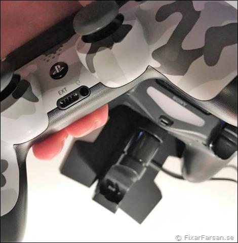 Ladda-Två-PS4-Kontroller