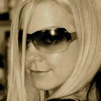 Darcy Bennett Photo 16
