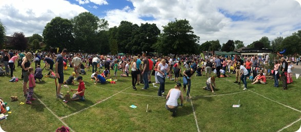 Panorama of the worming event
