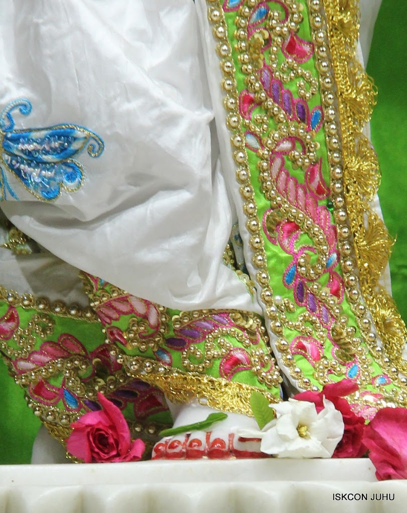 ISKCON Juhu Mangal Deiy Darshan 10 Apr 16 (39)