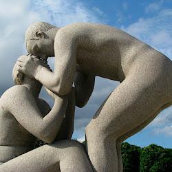 Oslo Pix Sculpture Garden & Opera House