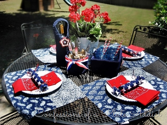 [CONFESSIONS+OF+A+PLATE+ADDICT+Summery+Tablescape+in+Red%2C+White+and+Blue2%5B16%5D]