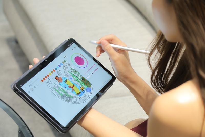 ใช้แท็บเล็ตอย่างไรให้โดนใจคนวัยมันส์ เรียนก็ fun บันเทิงก็ fab(ulous)