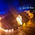 بالصور مجهولون يحرقون سيارة للشرطة النمساوية