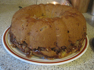 *A*pple Cake