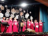 Q_Farkas_Iv=E1n_a_mag=E1niskola_sz=E9khely=E9nek_Muzsl=E1n_= ak polgármestere köszönti az ünnepet.jpg