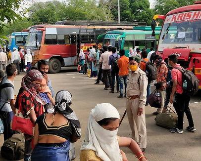 घर वापसी / अब तक 80 हजार मजदूर मध्य प्रदेश लाए गए, शिवराज की अपील- श्रमिक भाई-बहन पैदल चलकर घर के लिए न निकलें