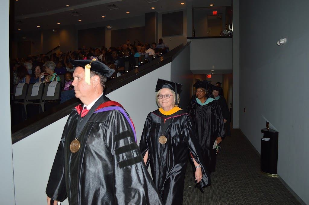 UAHT Graduation 2016 - DSC_0287.JPG