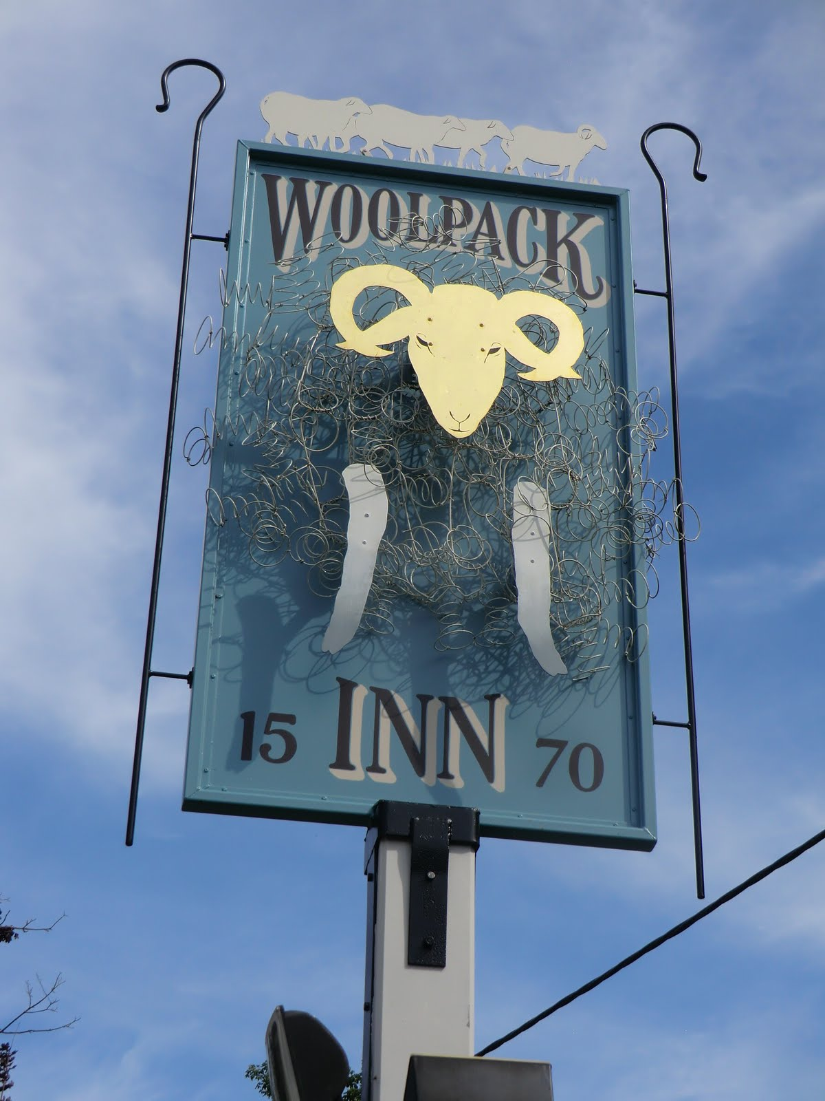 CIMG9936 Woolpack Inn sign