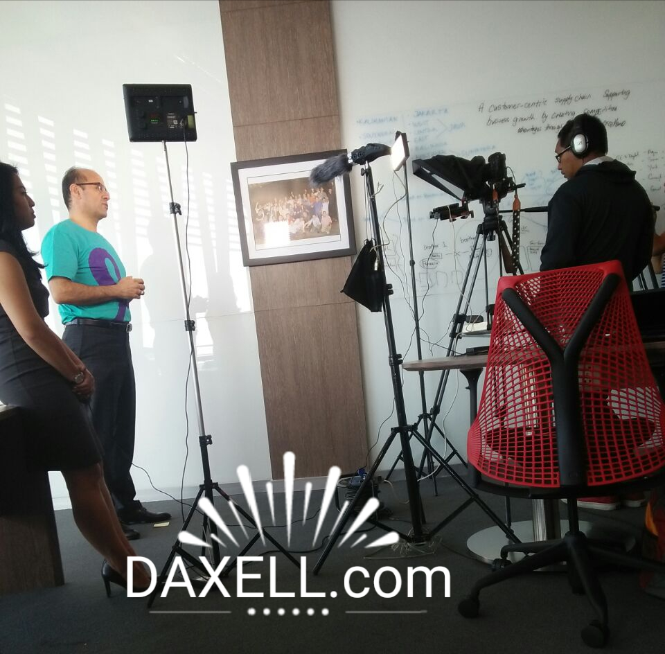 rental teleprompter for video shooting, rental ipad prompter, rental ipad tablet teleprompter, renting ipad teleprompter, rental service of ipad teleprompter in singapore