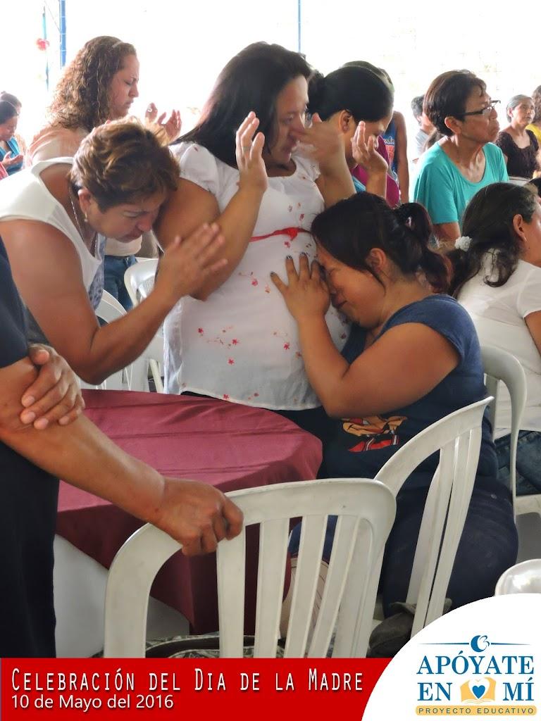 Celebracion-del-Dia-de-La-Madre-2106-13