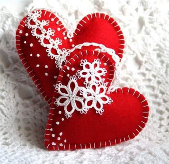 ms y ms manualidades Adornos navideos con forma de corazn