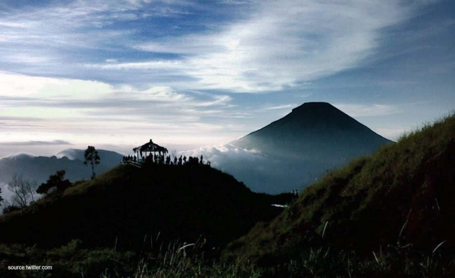 Wisata Indonesiaku Indonesia Bagus Berburu Golden Sunrise