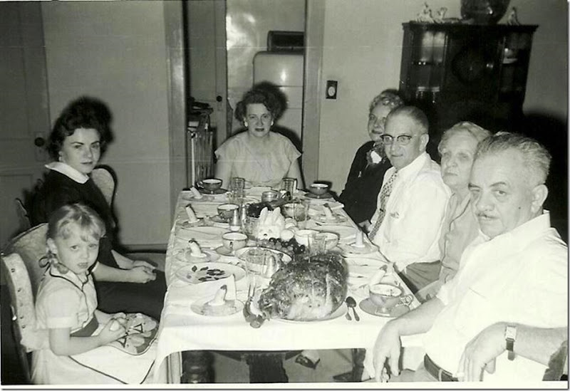 HOCKSTER_Easter dinner_Paula_Betty_Mary_Alice_Bill_Nana_Everett_circa 1950s