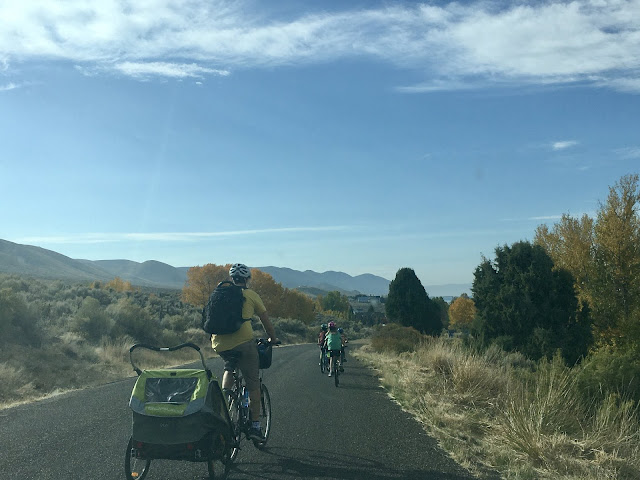 Jordan & the kids on a Bear Lake bike ride