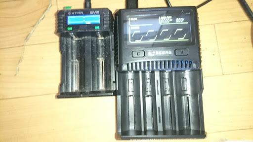 DSC 6531 thumb%255B2%255D - 【バッテリー/充電器】「NITECORE Superb Charger SC4」(ナイトコア・スーパービーチャージャー・エスシーフォー)レビュー。3A*2で最大6A給電可能な最強充電器!【VAPE/電子タバコ/アクセサリ】
