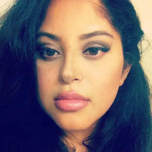 Maria Enriquez Photo 37