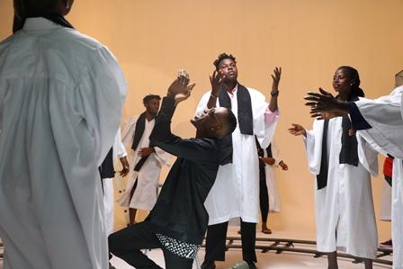 "[BTS]: GO BEHIND-THE-SCENES OF CLARENCE PETERS DIRECTED VIDEO FOR MR 2KAY'S ""PRAY FOR ME"""