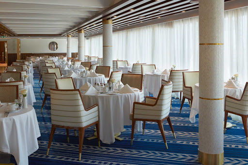 Spacious and comfortably casual, La Veranda offers regional specialties that often reflect the cuisines of the countries that Seven Seas Explorer calls on.