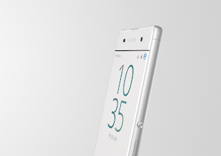 Xperia XA White Design Angle.png