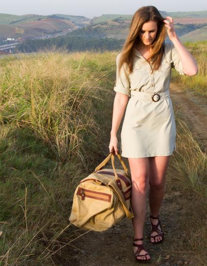 THE SPORTIVE WHAT TO WEAR ON SAFARI IN SOUTH AFRICA FOR WOMEN 4