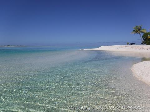 Motu e piscine ancoraggio SE - Apataki