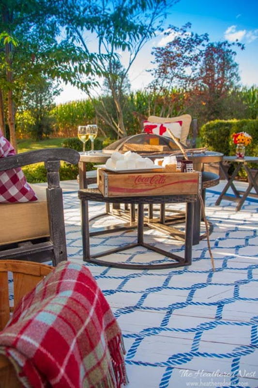 DIY-rug-tutorial-outdoor-painted-stenciled-rug-www.heatherednest.com-1-4