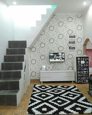 Inspirasi ruang keluarga bawah tangga