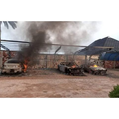 IPOB's ESN Members Of Burn Man's Mansion And Fleet Of Cars For Allegedly Planting Cameras In Abia, SD News Blog, Nigerian bloggers, Abuja bloggers,