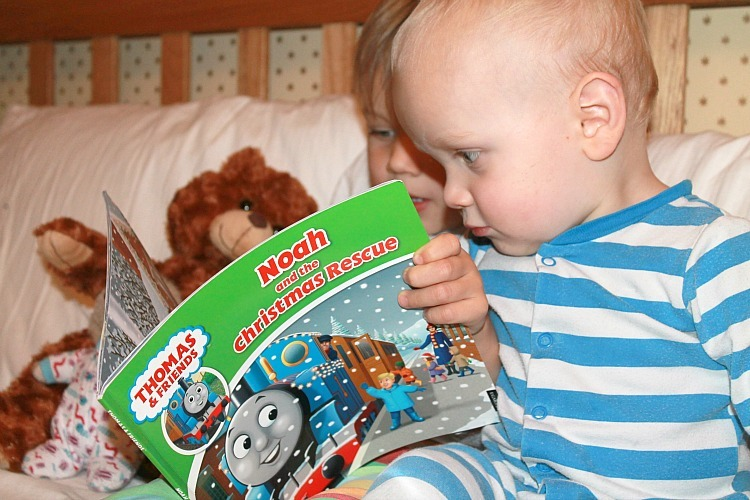 thomas & friends christmas personalised book review