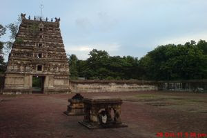 Thiruvilanagar (Thuraikattum Vallalar) Temple Inside View 02