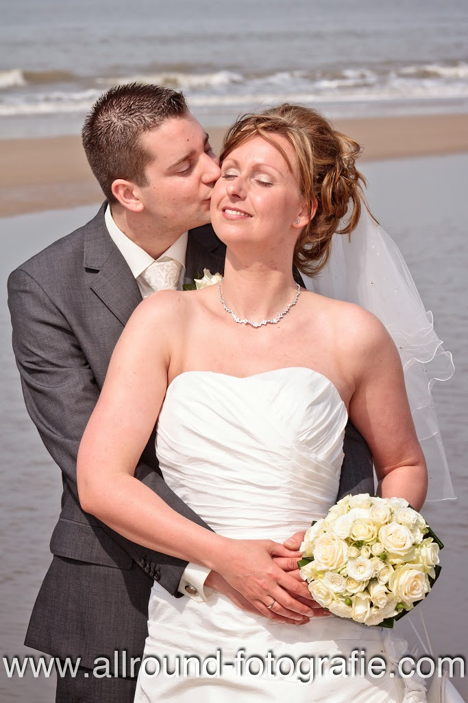 Bruidsreportage (Trouwfotograaf) - Foto van bruidspaar - 172