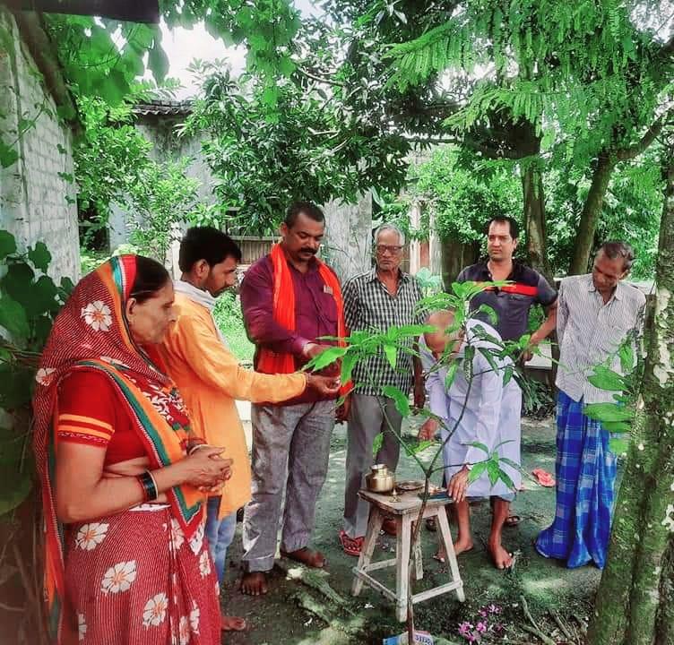 पर्यावरण संरक्षण को लेकर प्रकृति वंदन कार्यक्रम का आयोजन किया गया