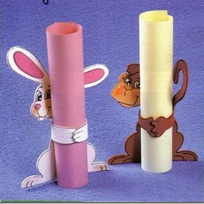Porta diplomas, conejo y mono