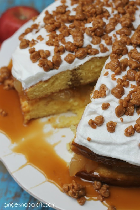 caramel apple poke cake recipe