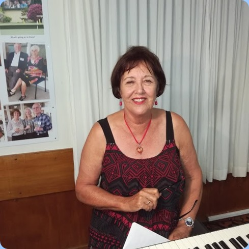 Mary Elvin played the Club's Yamaha Clavinova CVP-509. Photo courtesy of Dennis Lyons.