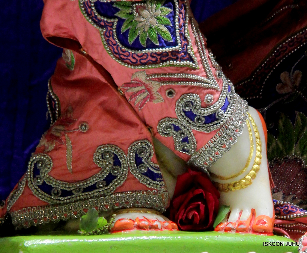 ISKCON Juhu Mangal Deity Darshan on 30th Sep 2016 (26)