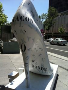 El Shoe Street Art es una iniciativa del instituto Tecnológico del calzado  (INESCOP) y cuenta con la colaboración de la Federación de Industrias del  Calzado ... ba4f5c892276a