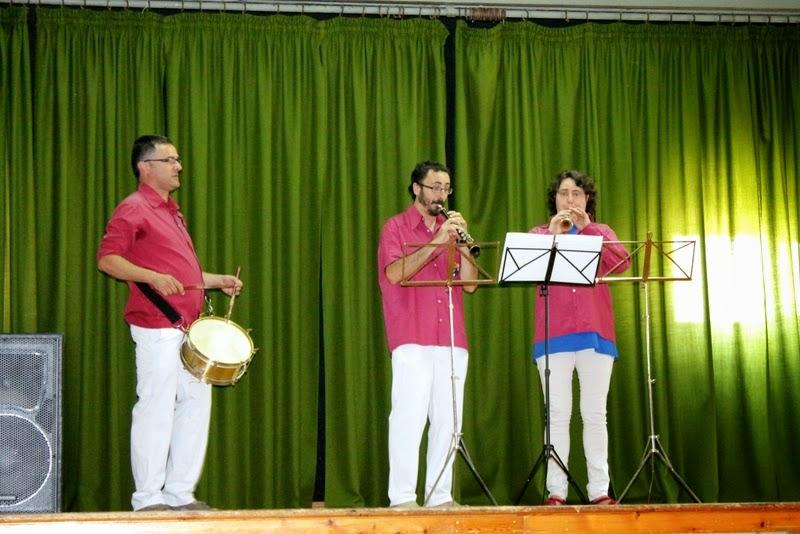 Audició Escola de Gralles i Tabals dels Castellers de Lleida a Alfés  22-06-14 - IMG_2374.JPG