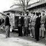 1950-sortie-messe.jpg