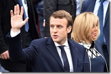 Emmanuel Macron con la moglie