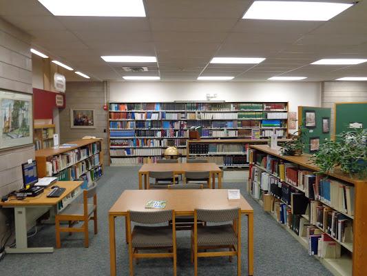 Richmond Memorial Library, 19 Ross Street, Batavia, NY 14020, United States