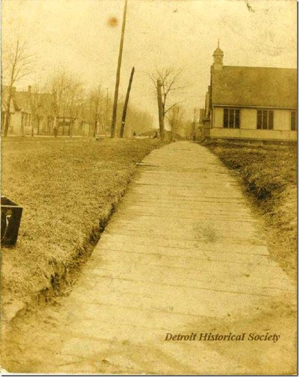 On McDougal Ave just north of Gratiot Ave looking north_taken 13 Mar 1903