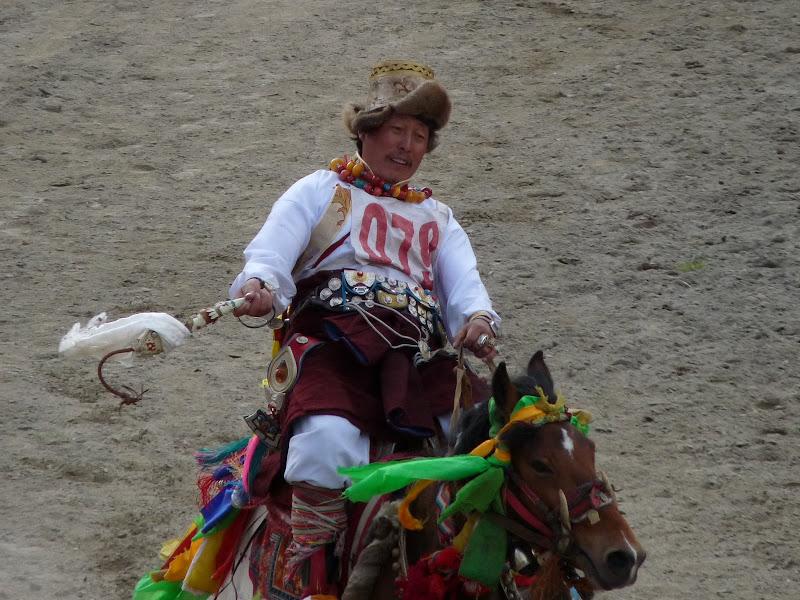 Chine. Yunnan.Shangri la Course hippique annuelle - P1250690.JPG